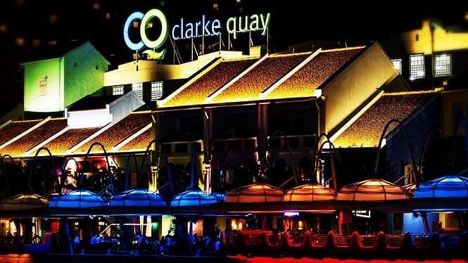 Hang Out ke Clarke Quay dan Boat Quay