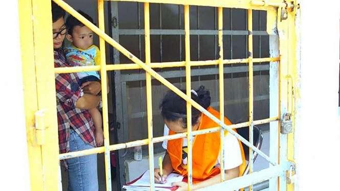 anak dalam penjara