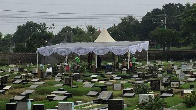 Tempat pemakaman Ade Irawan di Tanah Kusir