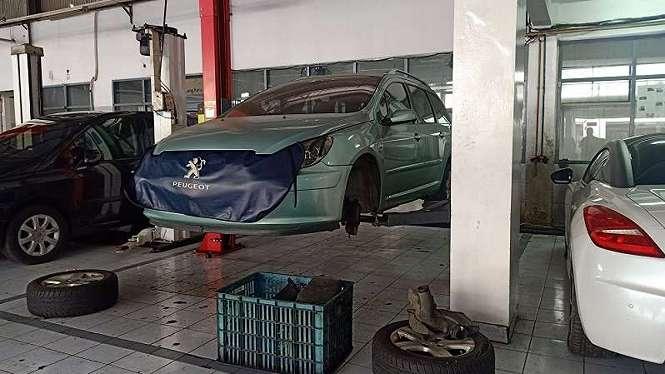 Bengkel resmi mobil Peugeot