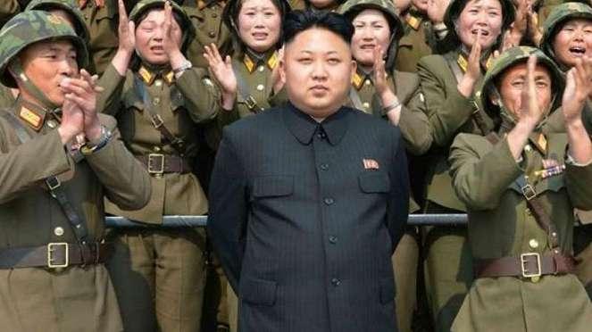 VIVA Militer: Presiden Korea Utara, Kim Jong-un
