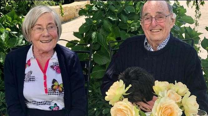 Judy bersama suaminya Rod Watkins kini lebih lebih banyak beraktivitas di rumah.
