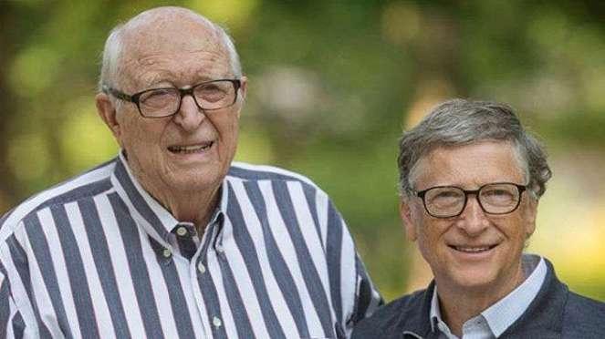Bill Gates bersama ayahnya Bill Gates Sr.
