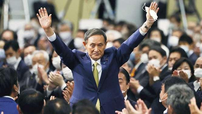 Yoshihide Suga jadi Perdana Menteri Jepang.-Reuters
