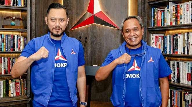 Ketum Demokrat AHY bersama politikus senior Demokrat Benny K Harman