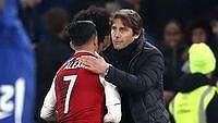 Conte Cuma Bilang 'Halo' ke Sanchez, Tak Bahas Transfer