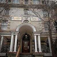 Berani Menginap di Hostel Mistis Bekas Penjara?