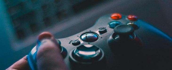 Sutradara Asyik Main PlayStation 4, Proses Syuting James Bond Terhambat