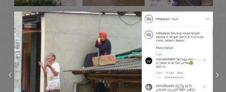 Viral Foto Korban Banjir Berdoa dan Wanita Naik Atak, Bikin Netizen Terharu