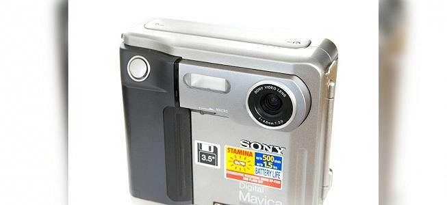 Lebih Dekat dengan Pionir Kamera Digital Keluaran Sony