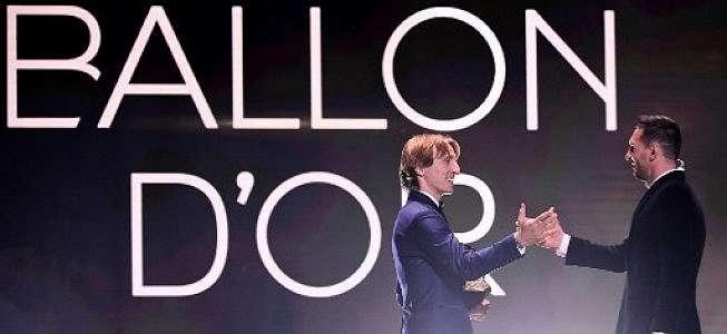 Raih Trofi Ballon d'Or Keenam Kalinya, Ini Komentar Lionel Messi
