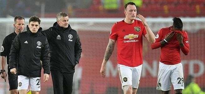 Hasil Manchester United vs Burnley: Setan Merah Kalah Memalukan 0-2