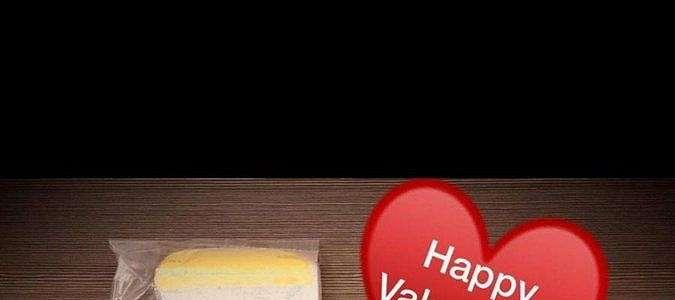 Ramai Buket Bunga Hadiah Valentine Isi Masker, Takut Kena Virus Corona?