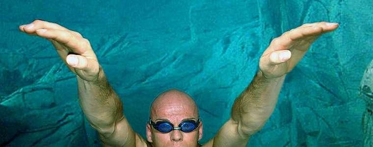 'Pria paling dalam di dunia', mengenal penyelam yang mencatat rekor kedalaman 253 meter tanpa tanki oksigen