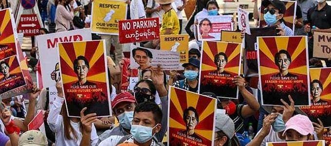 Klarifikasi Kemlu RI Terkait Protes Demonstran Myanmar di Depan KBRI Yangon