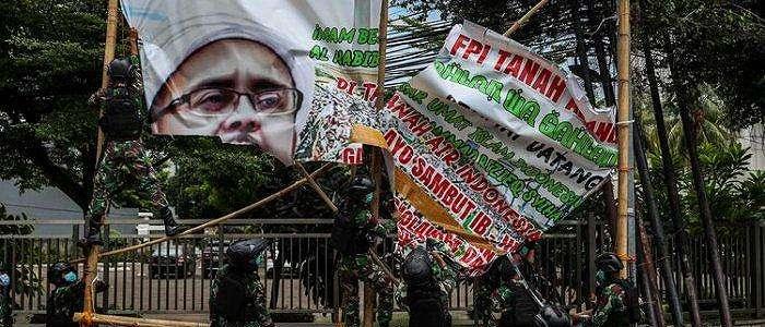 Soal Pencopotan Baliho Rizieq Shihab, Panglima TNI Akui Tak Beri Perintah tapi Dukung Pangdam