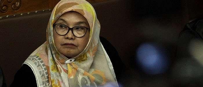 BREAKING NEWS:Menkes Era SBY Siti Fadillah Supari Bebas Murni dari Bui Hari Ini