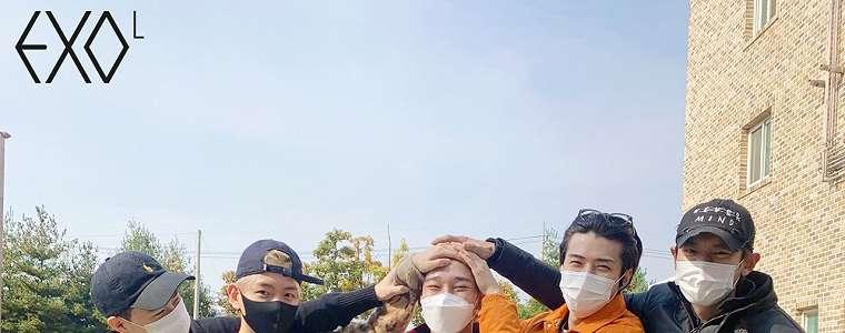 Chen Berangkat Wamil Diantar Member EXO Sesuai Tradisi, Suho Juga Ikutan.