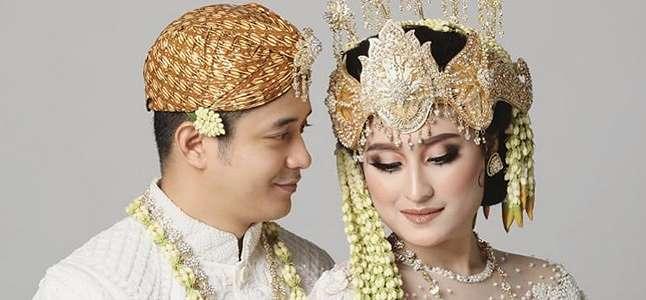 Menikahi Adly Fairuz Tanpa Beri Kabar, Ibunda Angbeen Rishi: Tuhan Tidak Tidur.