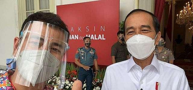 Raffi Ahmad Ajak Masyarakat untuk Mau Divaksin dan Jangan Percaya Hoax.