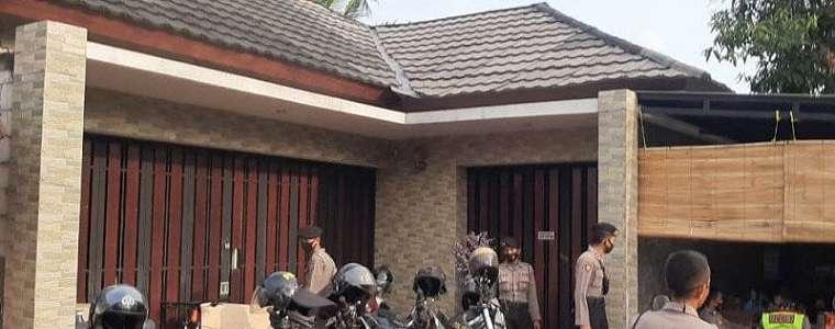Investasi Bodong di Cianjur: Rumah Mewah Milik HA Digeruduk Ratusan orang