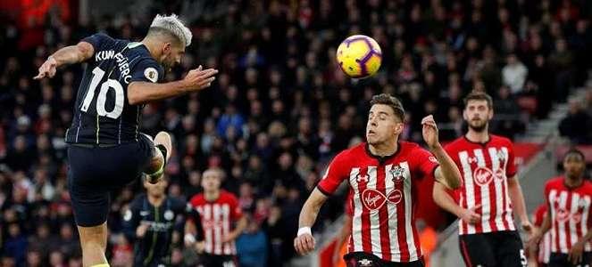 Southampton Klub Pertama Premier League yang Tunda Gaji Pemain