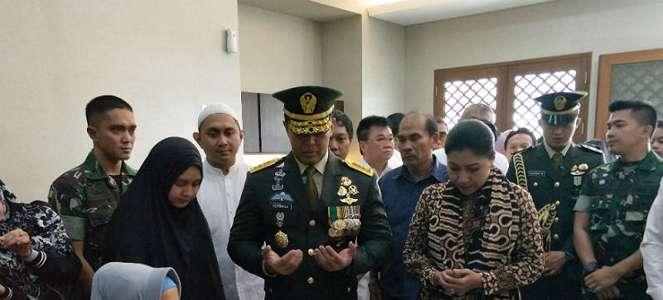 KSAD Jenderal Andika Perkasa Resmi Lepas Jenazah George Toisutta