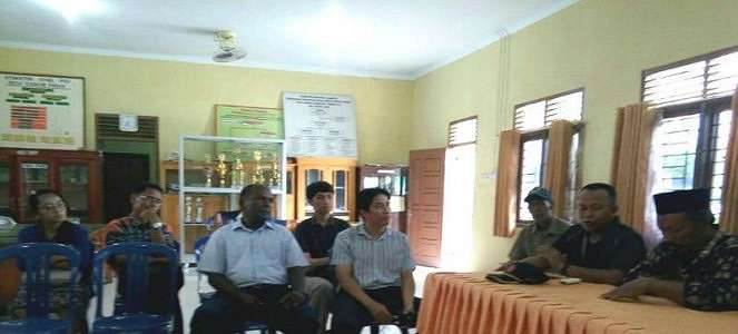 Warga Korea Kepergok Sebarkan Ajaran Kerajaan Yehuwa di Jambi