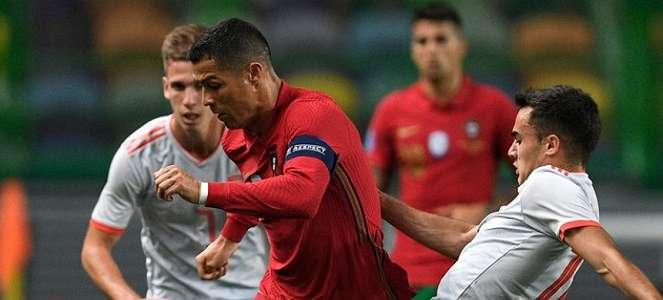 Cristiano Ronaldo Segera Akhiri Isolasi Mandiri
