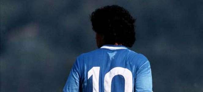 Artis Cantik Italia Muak Baca Pemberitaan Masif Diego Maradona