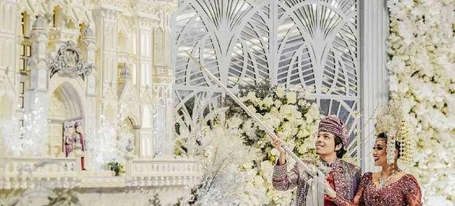Kue Pernikahan Atta-Aurel Viral, Anak Artis Idap Penyakit Langka