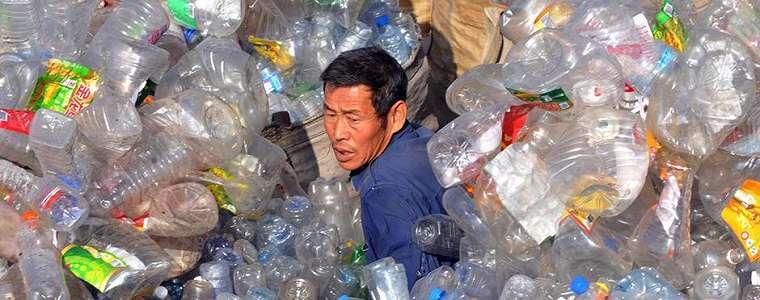 Cina Mulai Larang Plastik Sekali Pakai di Supermarket
