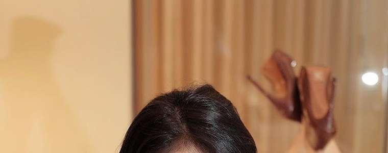 Anggi Putri Seksi Model Photoshoot Foto