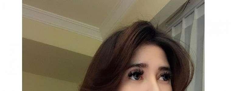 Aldira Chena Seksi Selfie Koleksi 2018