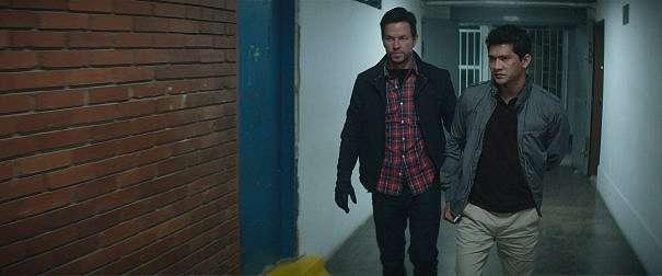 Iko Uwais Menghajar Semua Lawannya di Trailer Perdana Mile 22